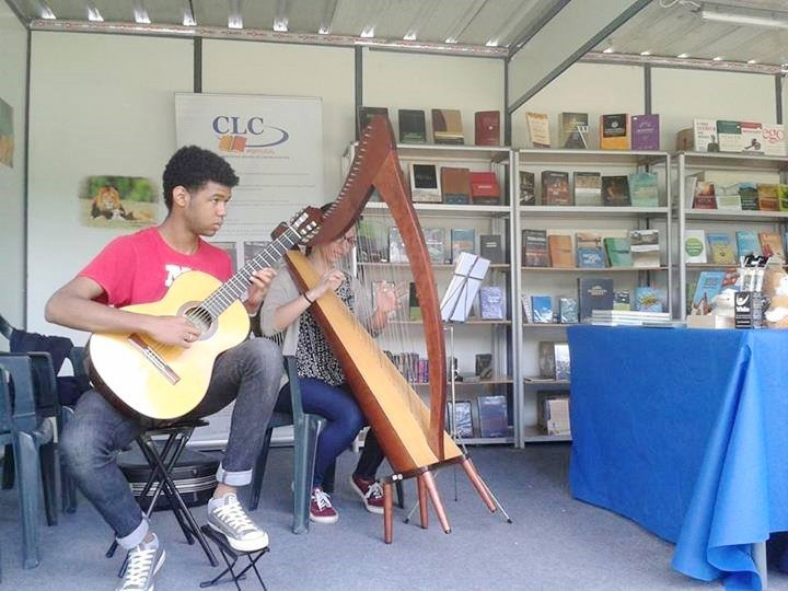 Live music at the book fair